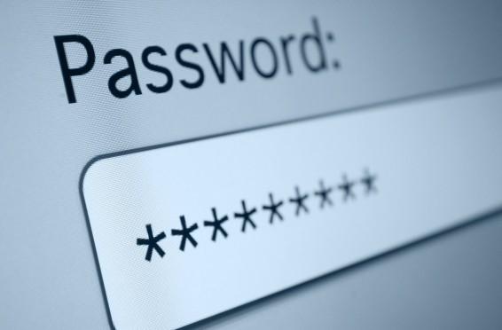 """Microsoft """"basit şifreler kullanın"""" diyor!"""